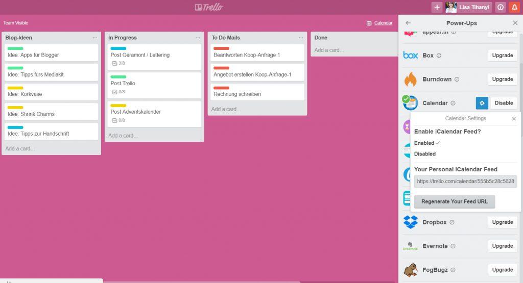 """Redaktionsplanung mit TrelloWelches Tool nutzt ihr, um eure Ideen für Blogposts zu sammeln, eure geplanten Beiträge zu organisieren und eure To Dos zu planen, was Mails und Co. angeht? Mein heiliger Gral dafür heißt Trello. Trello ist ein Tool für Projektmanagement, mit dem ihr Listen erstellen, diese mit sogenannten Karten für einzelne To Dos versehen und, wenn ihr das wollt, mit anderen zusammenarbeiten könnt. Ich nutze Trello sowohl für meinen Blog alleine, als auch beruflich, um die Arbeit im Team zu koordinieren. Trello gibt es sowohl als Browser-Version, als auch als App fürs Smartphone. 01Heute zeige ich euch, wie ihr eure Redaktionsplanung rund um den Blog ganz easy mit Trello koordinieren und im Auge behalten könnt. So funktioniert TrelloLegt euch zunächst ein neues Board an, das z.B. """"Blog-Organisation"""" heißt. Wenn ihr das Board angelegt habt, ist es erst einmal leer (siehe Screenshot). Nun habt ihr die Möglichkeit, über """"Add a list"""" Listen eurer Wahl anzulegen. Macht das! 02 Hier gibt es unfassbar viele Optionen, wie ihr eure Listen strukturieren könnt. Bei mir hat sich folgende Möglichkeit bewährt. Ich habe Listen angelegt für:""""Redaktionsplan"""", """"Blog-Ideen"""", """"In Progress"""" und """"To Do Mails"""". Außerdem habe ich mir eine """"Done""""-Liste angelegt. Man kann erledigte Karten zwar auch über die Archiv-Funktion archivieren, aber ich schieb' die immer so gerne rüber. 03 RedaktionsplanHier trage ich meine geplanten Blogposts ein und weise ihnen ein Datum zu, wann der Post fällig ist. Klickt dafür einfach auf die Karte, dann auf """"Due Date"""" und legt Datum und Uhrzeit fest. Der Clou: So landet das auch in eurem Trello-Kalender – gleich mehr dazu! 04Zudem weise ich jedem Post eine Farbe zu, so sehe ich auf einen Blick, um welche Kategorie aus meinem Blog es sich handelt. Gelb steht für DIY, hellblau für Lettering, und so weiter. So habe ich immer einen schönen Mix und kann gleich sehen, ob  meine Abfolge an  Blogposts einigermaßen abwechslungsreich ist.04aBlog-Ideen In de"""