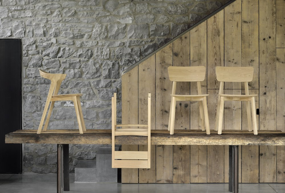 TGE-052066 Oak Double extendable dining table TGE-051490 Oak Bok chair TGE-050657 Oak EX 1 chair TGE-050653 Oak Casale chairs